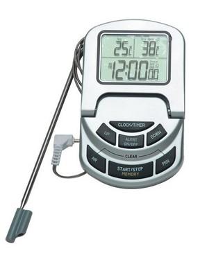 utiiser une sonde un thermomètre pour cuire une pièce de viande