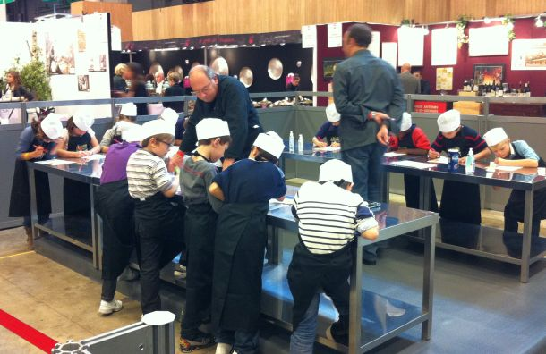 Les enfants cuisinent au salon Cuisinez by M6