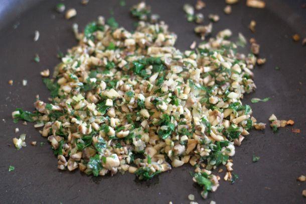 Duxelle champignon persil plat échalotes
