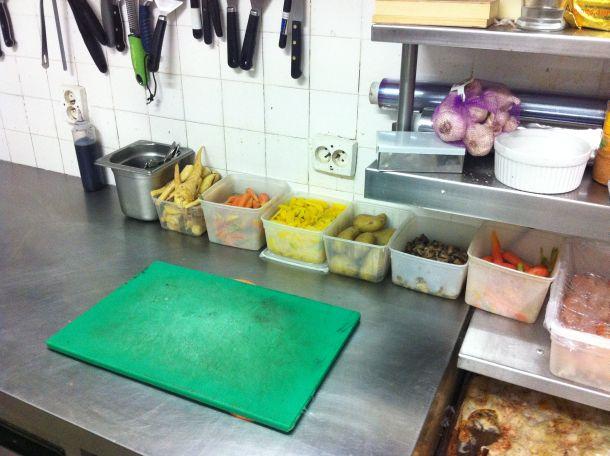 La cuisine prête pour le service