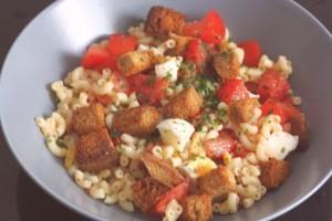 Salade du midi aux croûtons